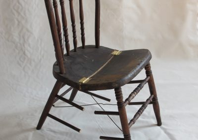 FOLDING CHAIR<br />vintage chair and hinges     2012